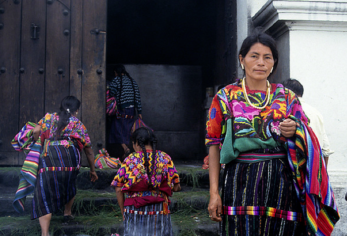 Guatemala-style-local-womens-clothings