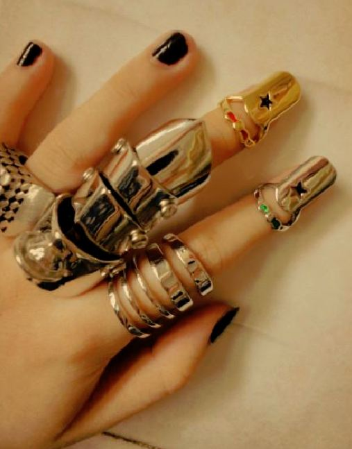 Punk-Fashion-Rings-Rock.