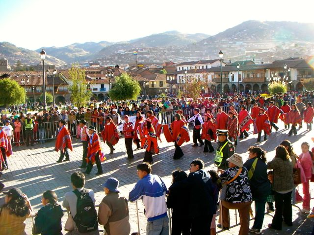 peru-festival-full-of-color.