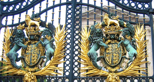 Gate at london Palace