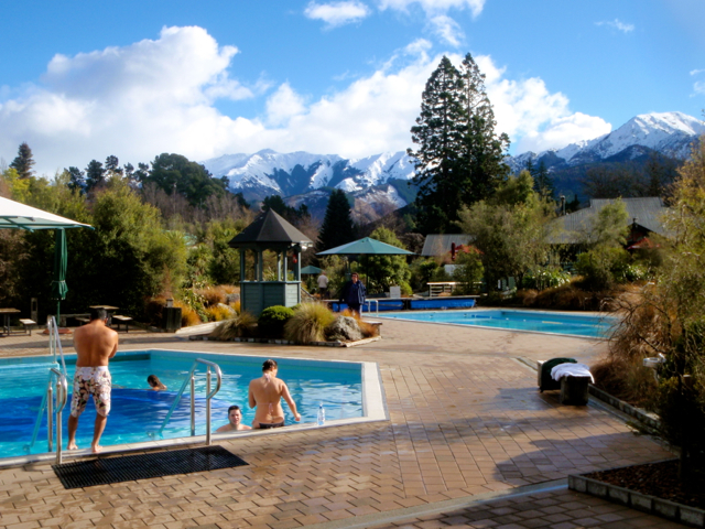 Hot-spring-in-NZ