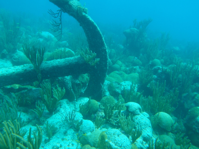 ship-wreck-at-Bermuda