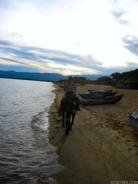 Horseback riding to lake malawi