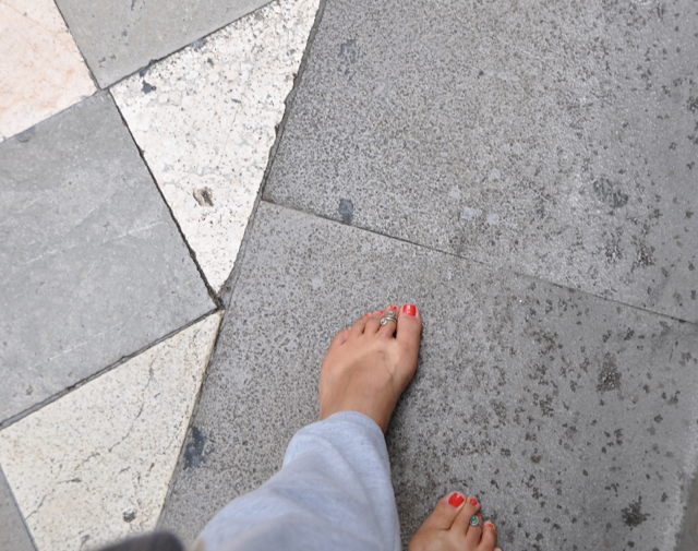 Walking barefoot in Granada, Spain