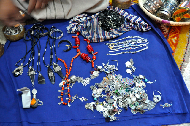 buying berber jewlery in morocco