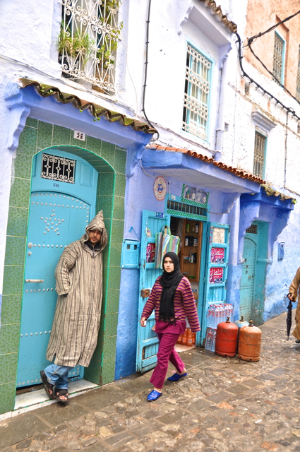 man and woman at chefchaouen morocco