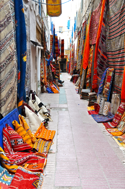 road of textiles, morocco