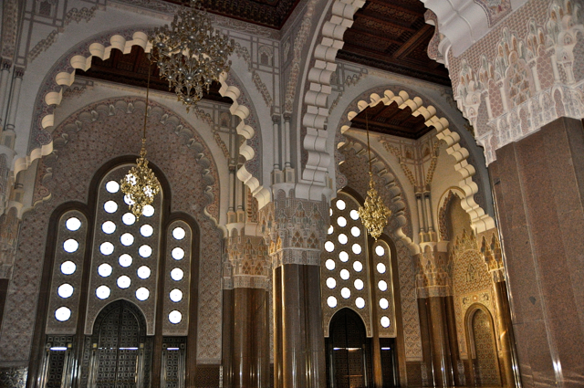 tour to the inside of the great mosque-casablanca