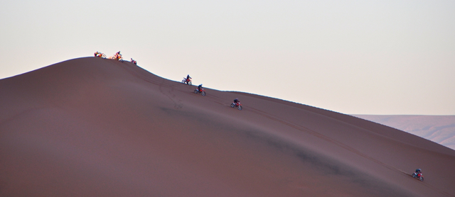 biking in sahara-ERG Chigaga