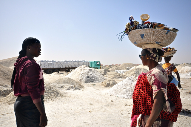exporting salt in lac rose-senegal