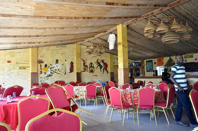 restaurant in Lac Rose-senegal