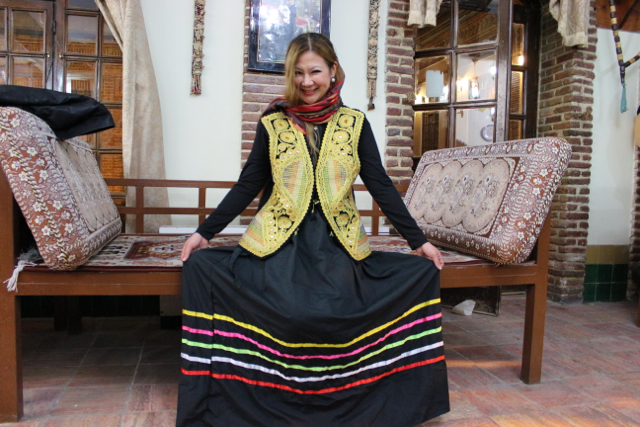 traditional clothing from Iran