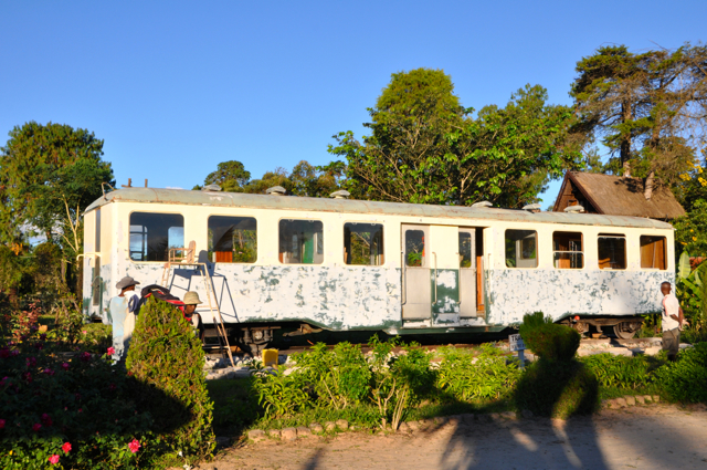 train restaurant @ Lac hotel madagascar